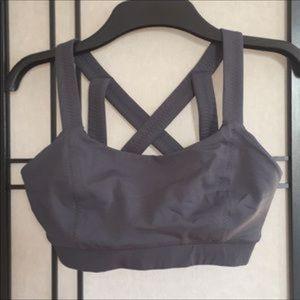 Lululemon 6 charcoal gray wide strap bra
